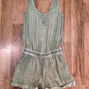 Cloth & Stone| sage green stone washed romper